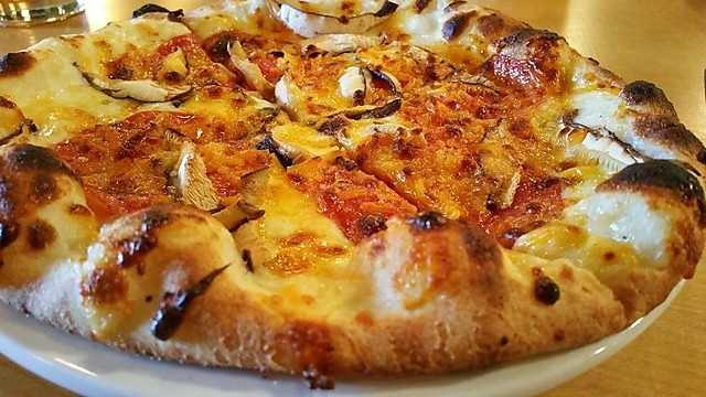 Wood | Stone Craft Pizza + Bar is a new pizza sensation in the Mill District of South Fayetteville.