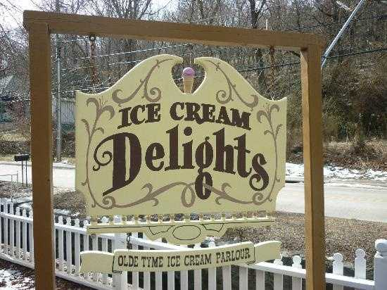 "Ice Cream Delights is in Eureka Springs! They are an ""olde tyme ice cream parlor"" that also has delicious cafe items!"