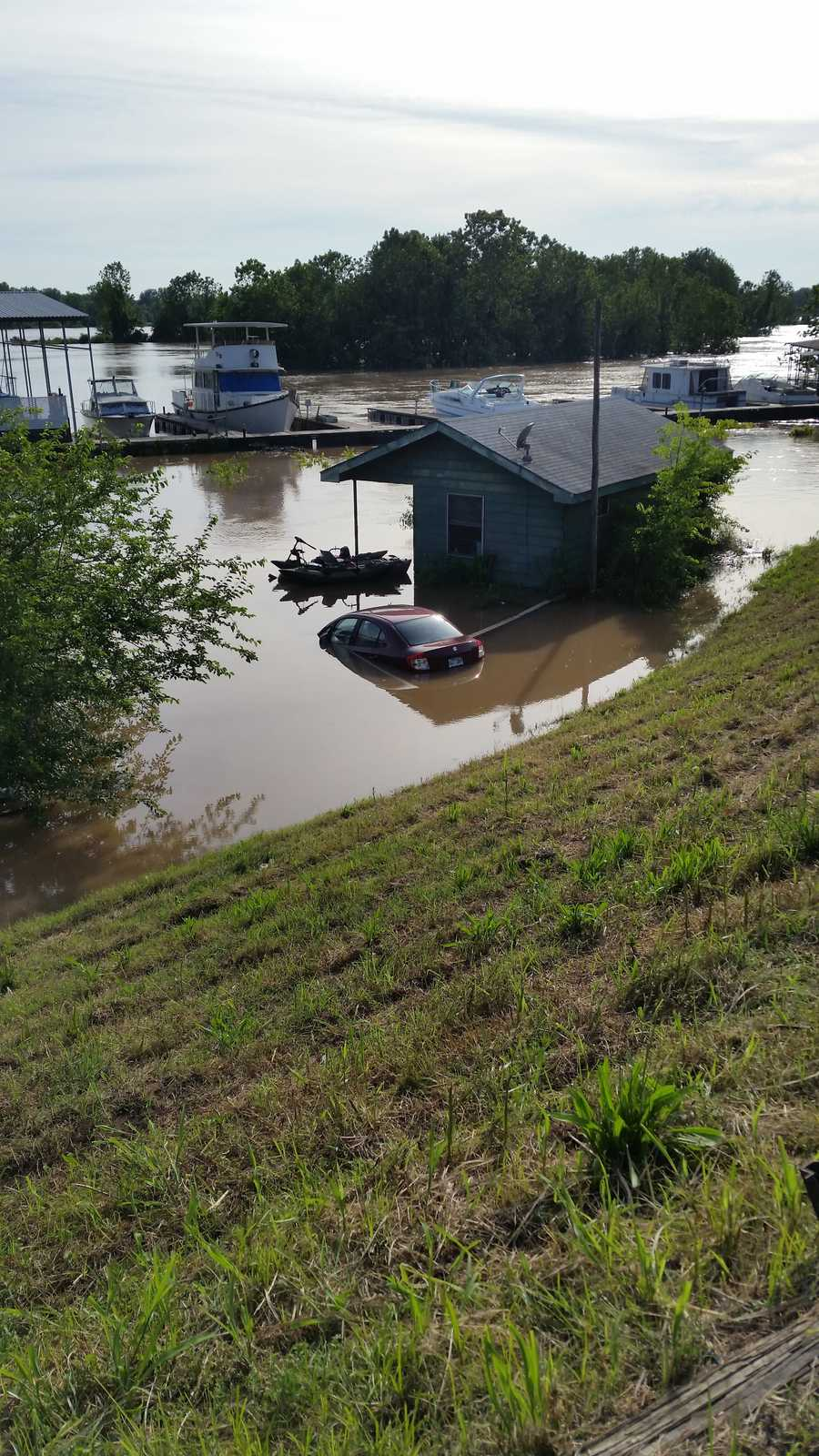 Major flooding in Van Buren