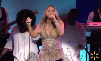 Mariah Carey sang old favorites and her new single
