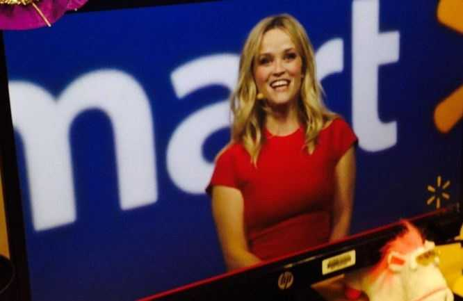 Reese Witherspoon was the 2015 Host