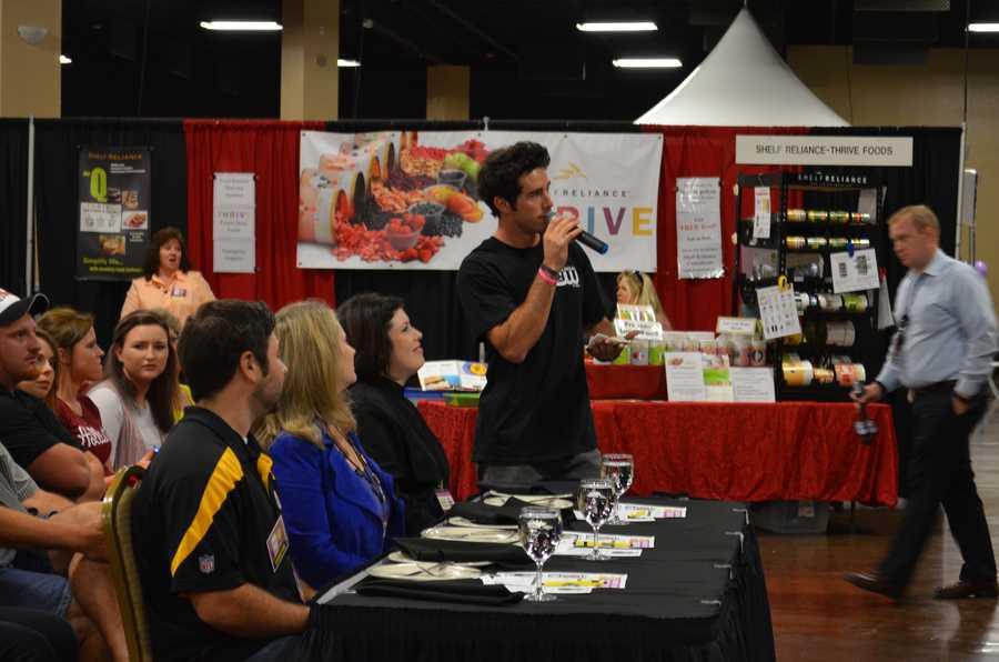 Craig Strickland, former Arkansas CW Star at Women's Expo event