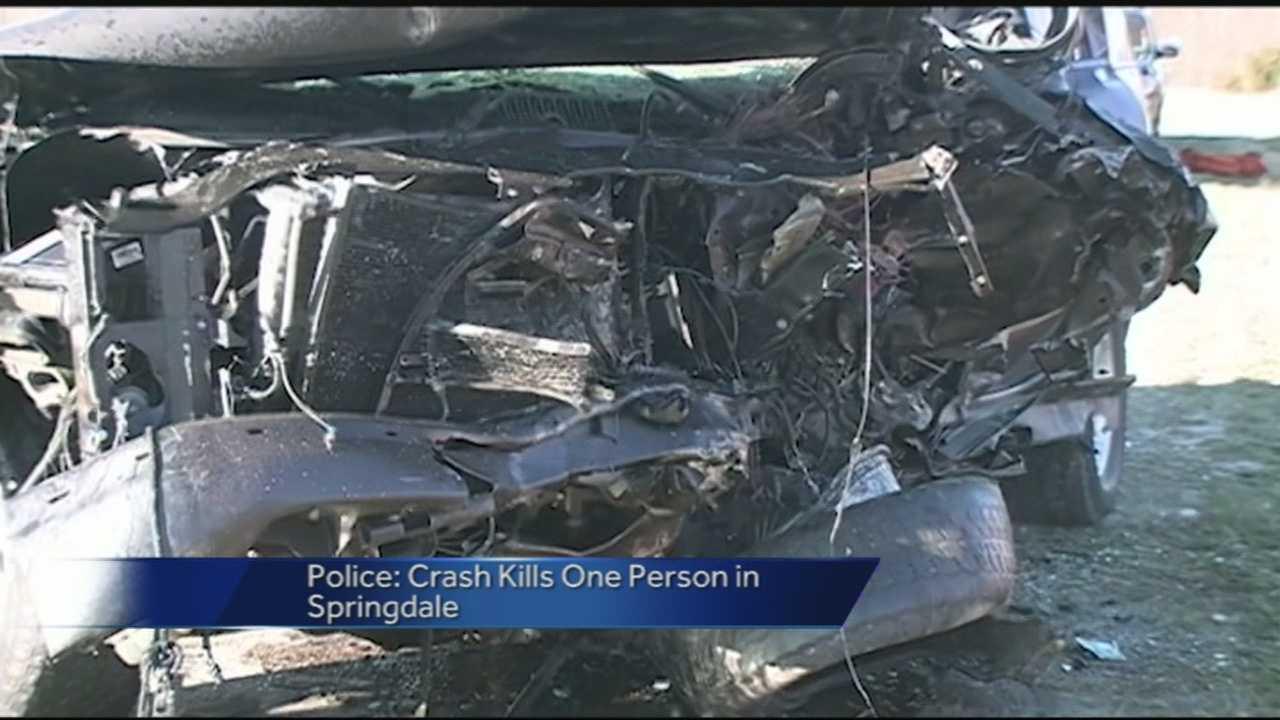 Police gives insight into fatal crash east of Springdale