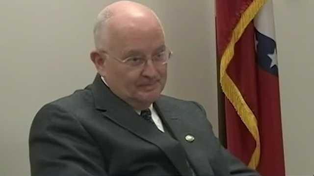 Fayetteville alderman faces demands to resign or be recalled