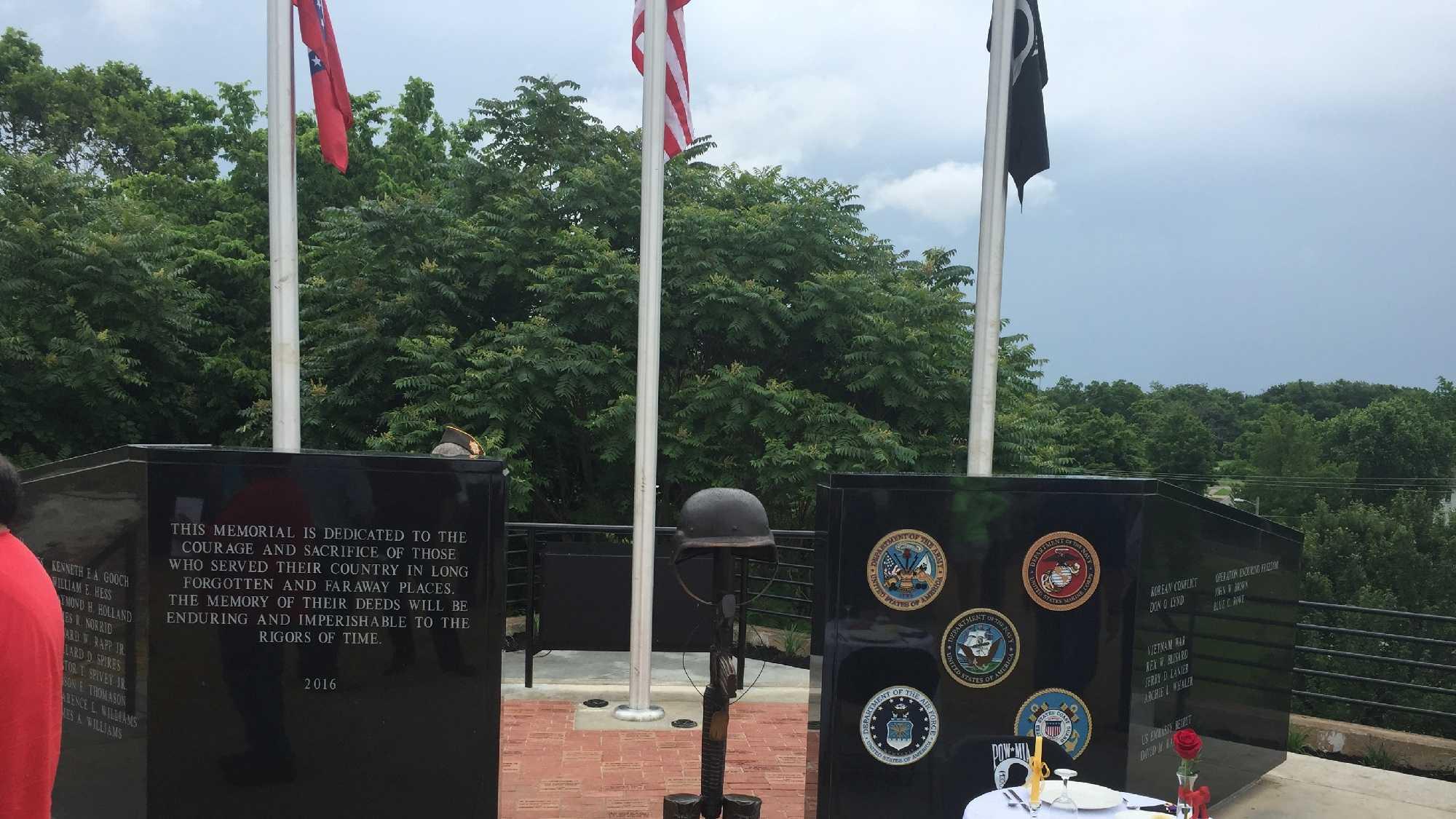 Siloam Springs Fallen Soldiers Memorial