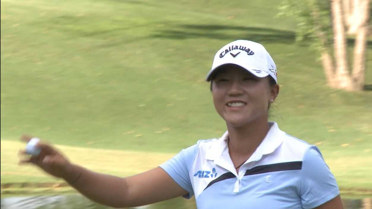 Lydia Ko salutes fans at 18 after shooting -14 on moving day at Walmart Northwest Arkansas Championship Presented by P&G