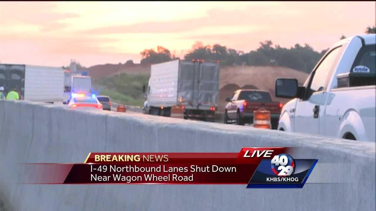 Crash near Wagon Wheel shuts down lanes on I-49