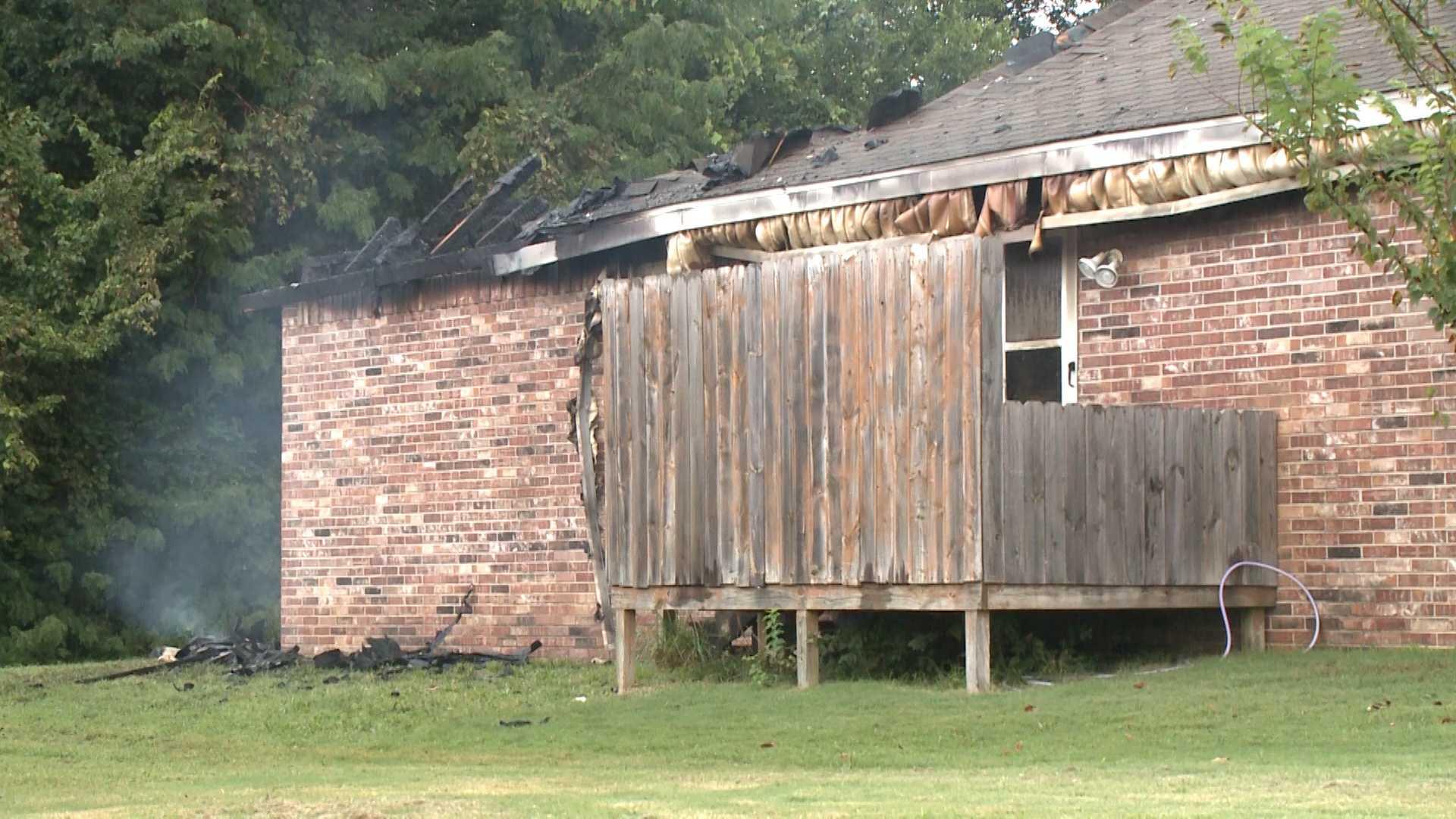 house fire damage fayetteville