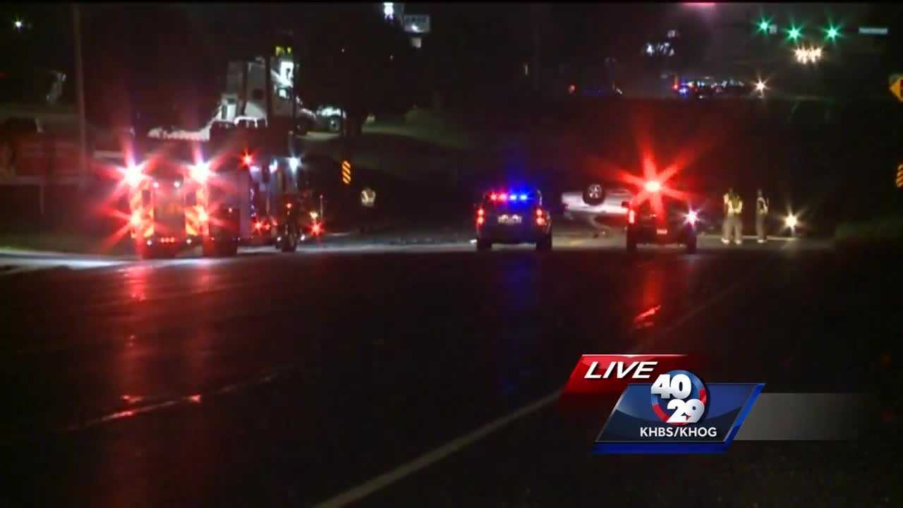 Early morning crash on Hwy 71