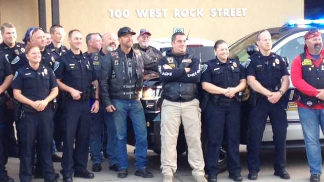 Bikers ride to honor police officers