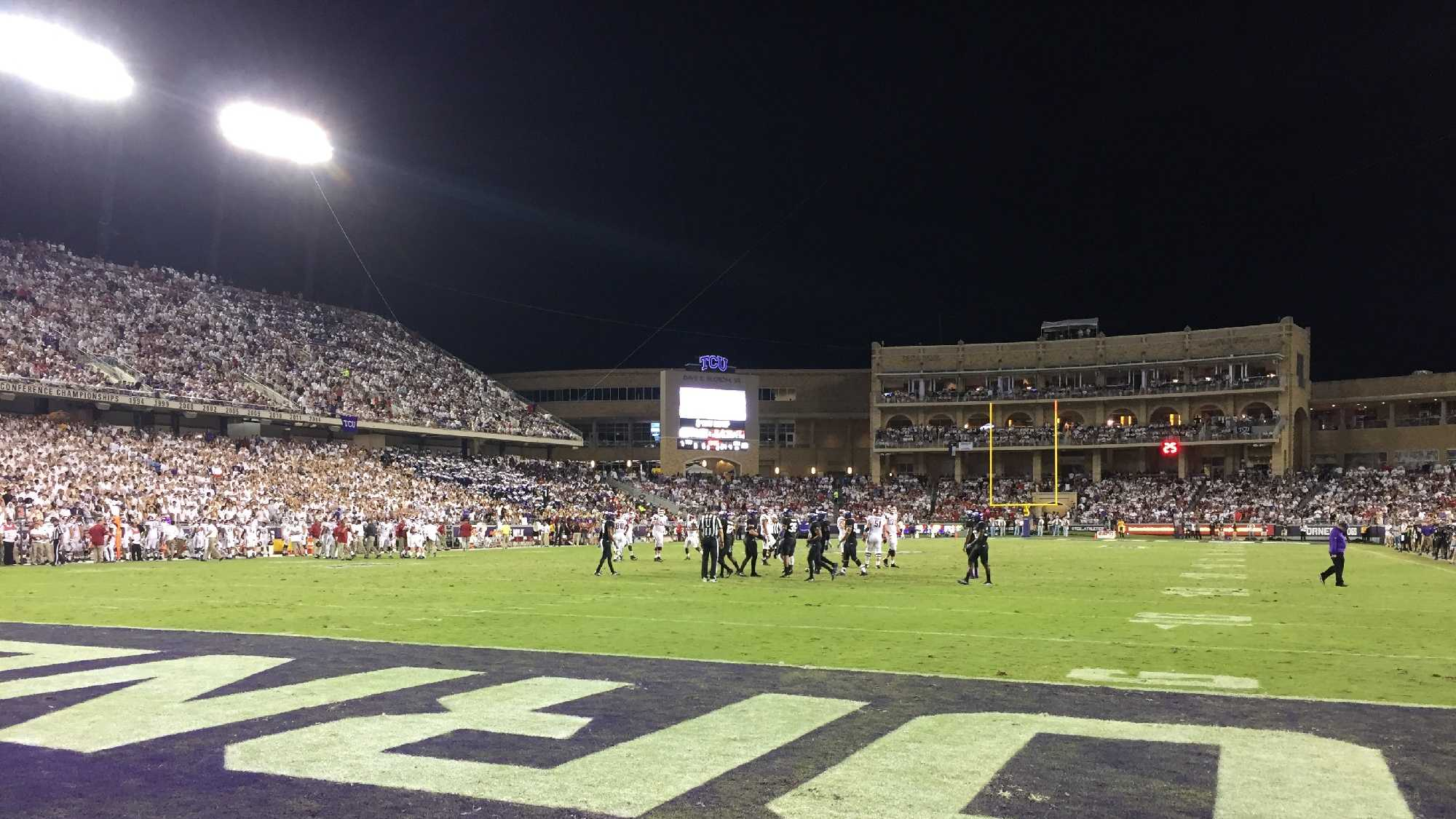 Amon. G. Carter Stadium Hogs Vs TCU