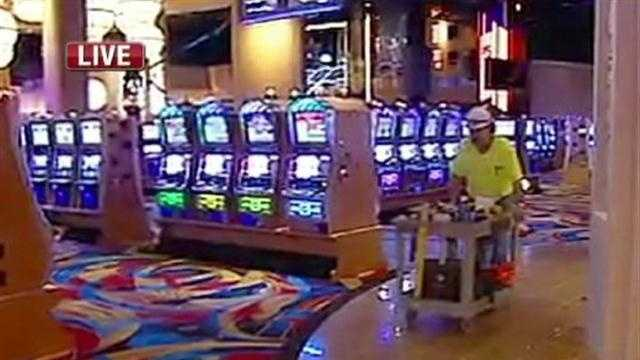 KMBC's Brenda Washington reports that the Hollywood Casino will open on Feb. 3.