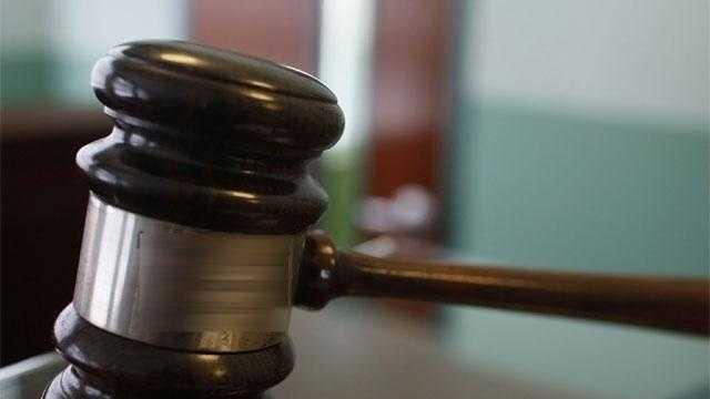 Judge's Gavel GETTY - 27077444