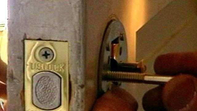 door lock, home security, dead bolt, generic - 22665485