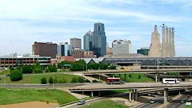 Kansas City skyline generic, sunny summer day - 17317690