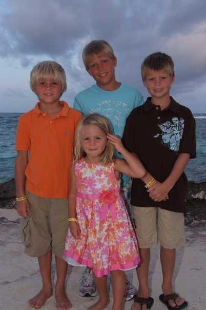 Brandon, Boston, Beau and Roxanne Bramlage