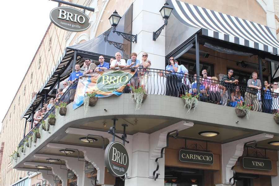 Fans lined the streets and the balconies of the Country Club Plaza to see the all-stars.