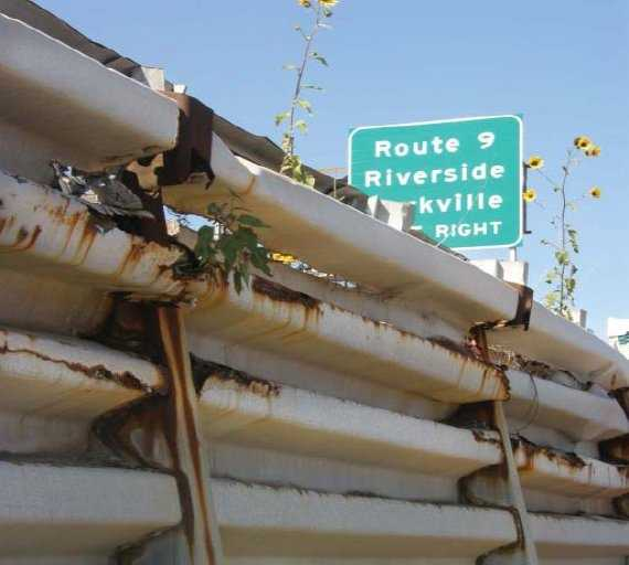 Why is the highway closing?  Construction crews need to replace the corrugated metal bin walls that are supporting the base beneath the northbound lanes.  They have deteriorated and must be replaced by concrete walls, MoDOT said.