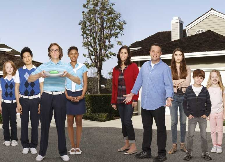 The Neighbors premieres Wednesday, Sept. 26 at 9:30 p.m. ET/8:30 p.m. CT. It moves to its normal time slot on Wednesdays at 8:30 p.m./7:30 p.m. CT on the following week.Learn more about it