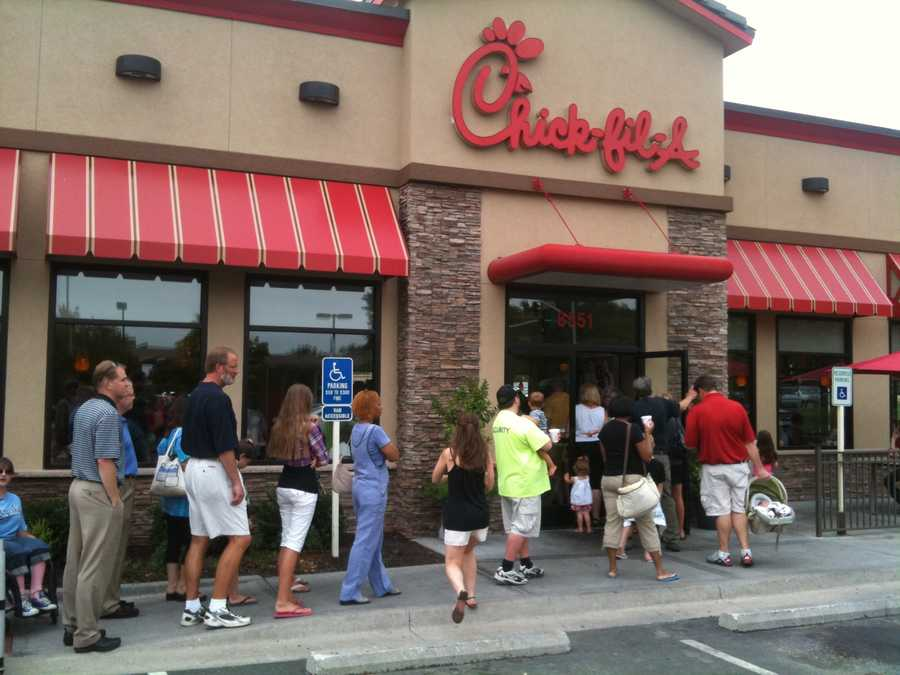 Thousands of customers created long lines at Kansas City metro Chick-fil-A restaurants on Wednesday.  This picture was taken at the State Line Road location.