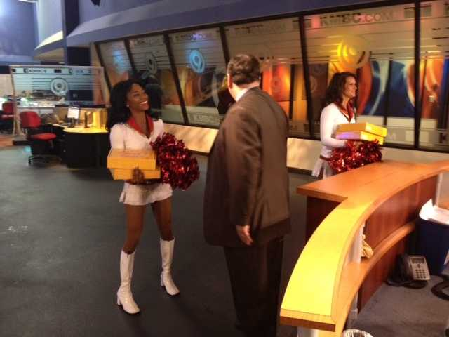 The Chiefs Cheerleaders stopped at the KMBC 9 News studio on Thursday morning to surprise our FirstNews anchors.