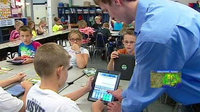 A Smithville High School senior hopes to change the way students learn, and he's starting an app he developed that's in use in a fifth-grade classroom. KMBC 9's Peggy Breit reports.