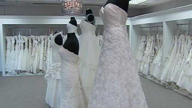 Op store to give free wedding gowns to military brides for Free wedding dresses for military brides