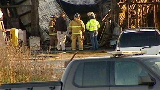 Man found dead in repair shop fire