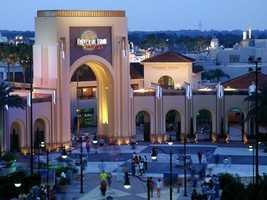8) Universal Studios - Florida