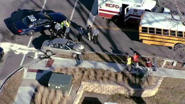 Image School bus crash