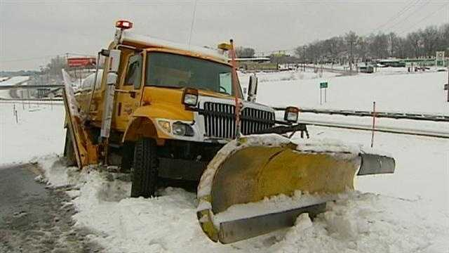 MoDOT sends 225 plows across snowy region