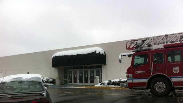 Macy's evacuated