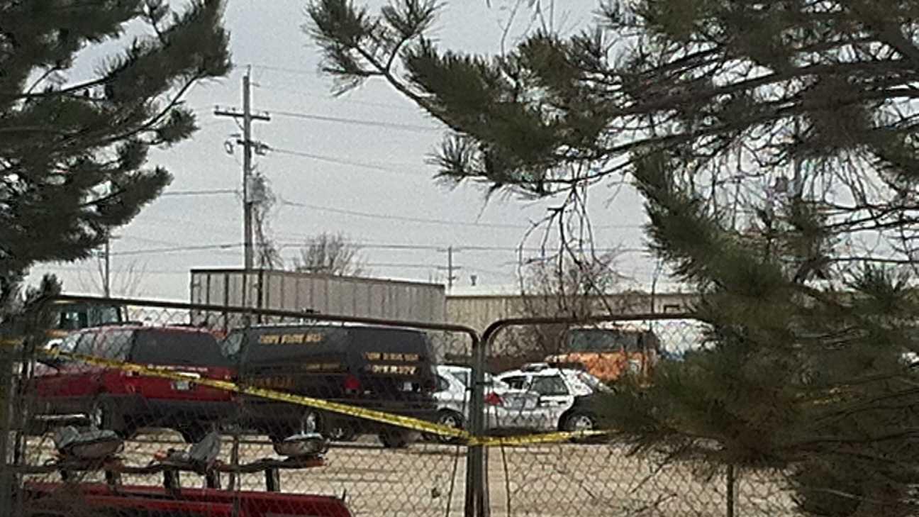 Worker dies in explosion at Shawnee business