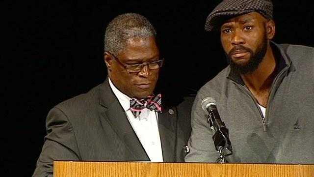 Man jumps on stage during KC mayor's speech, Derron BLack