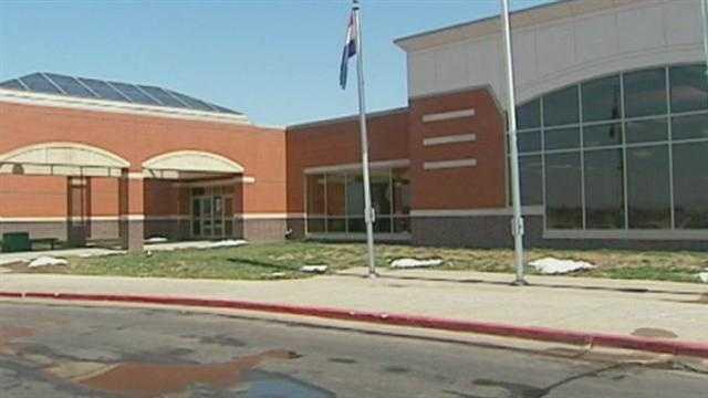 Image Blue Springs school security