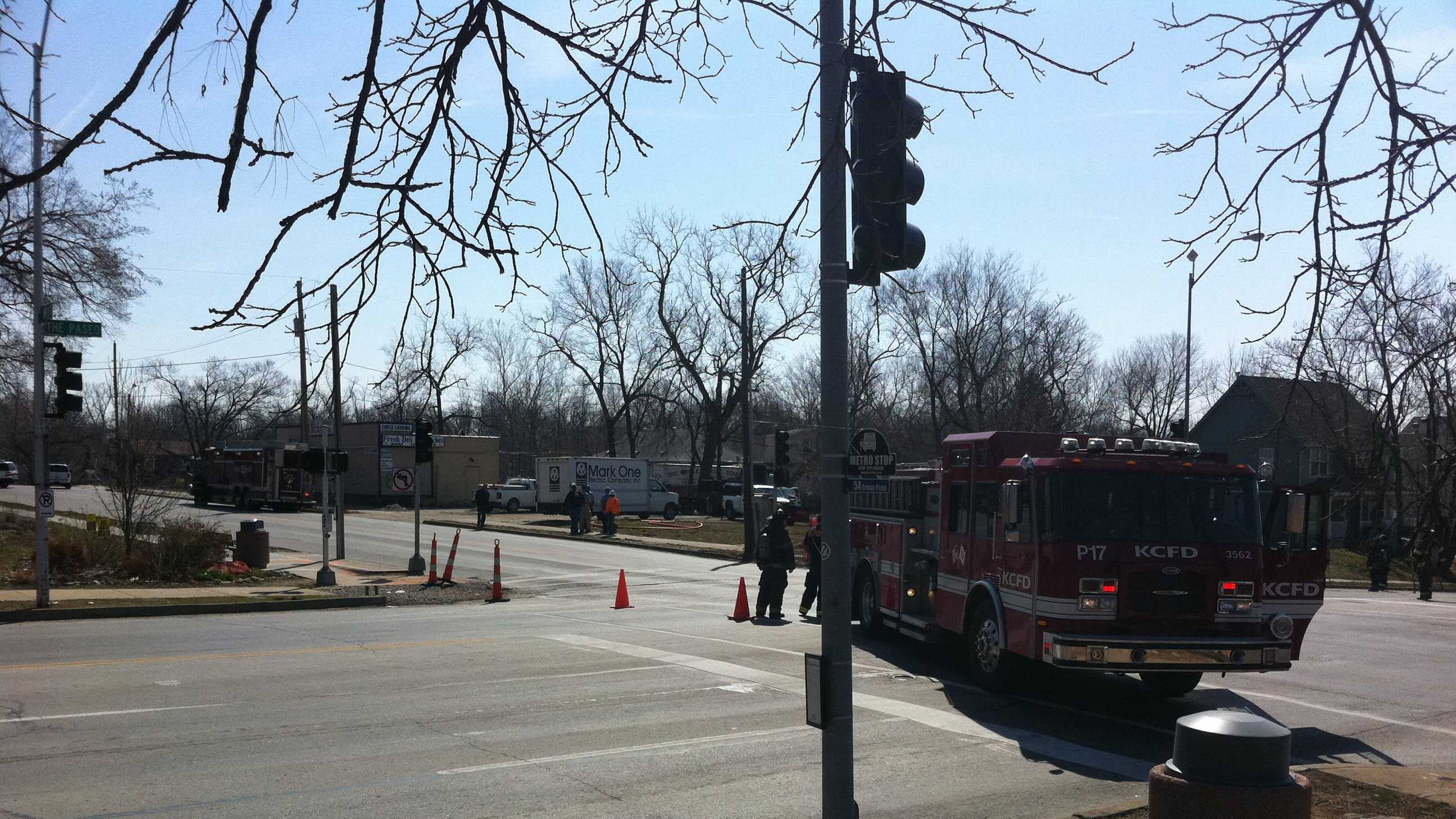 gas line hit at 39th, Paseo