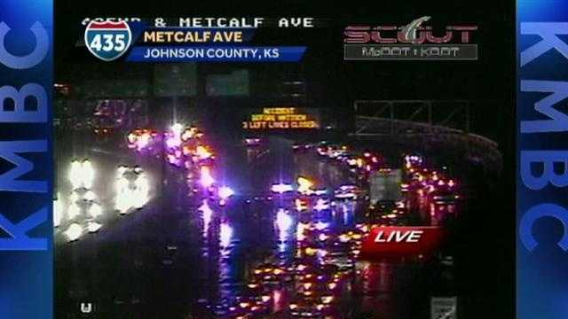Accident on 435 West at Metcalf