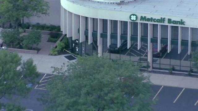 Image Metcalf Bank robbery scene