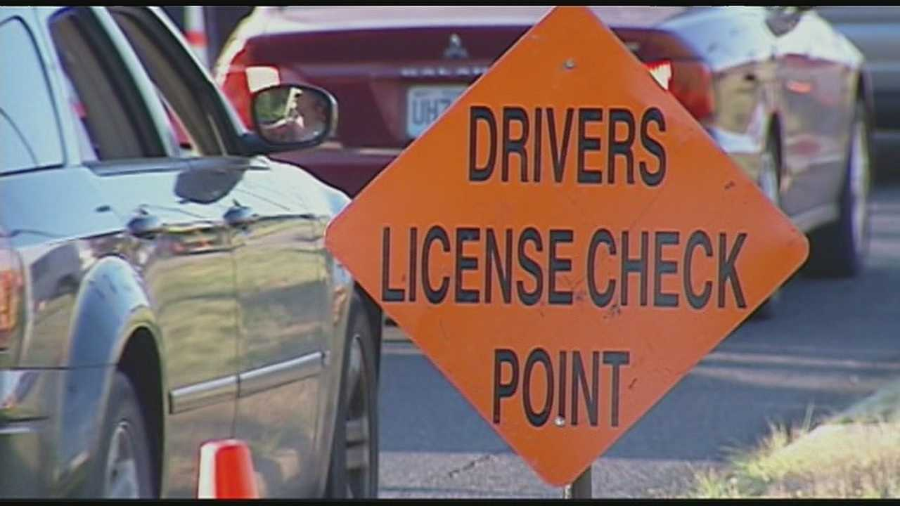 Image Police driver's license checkpoint