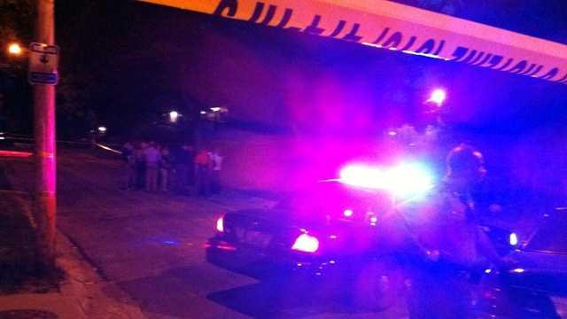 Woman, child found dead on Wabash