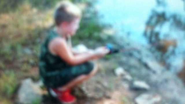 Image Emmett fishing