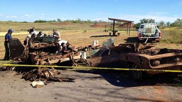 Bodies found in submerged cars, Oklahoma