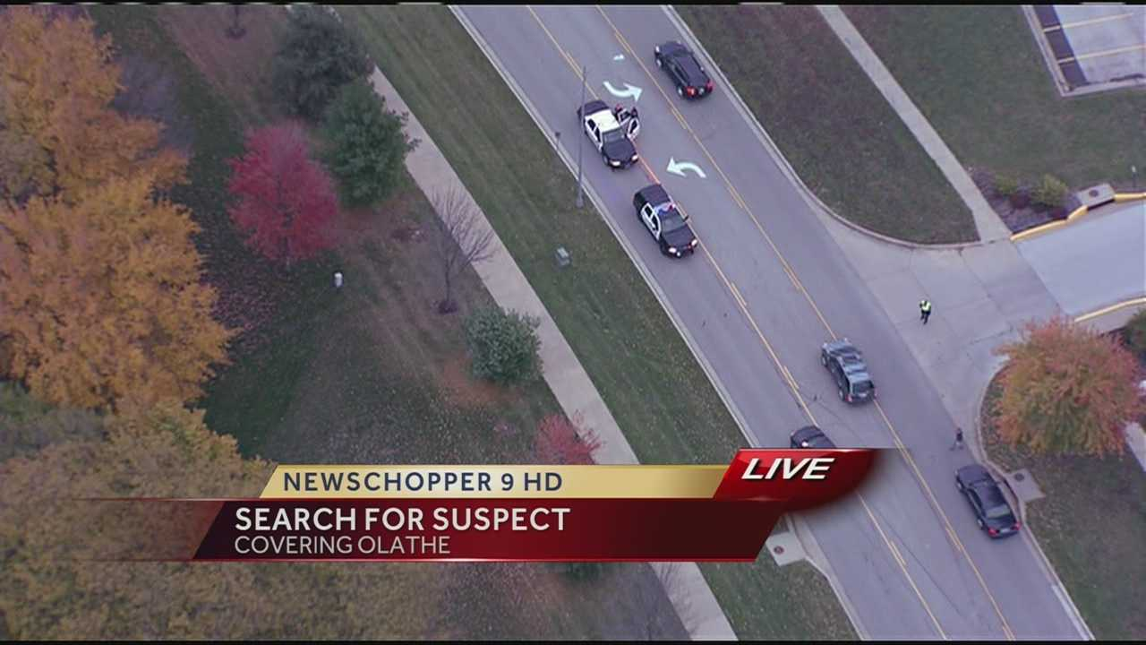 Image Olathe school lockdown
