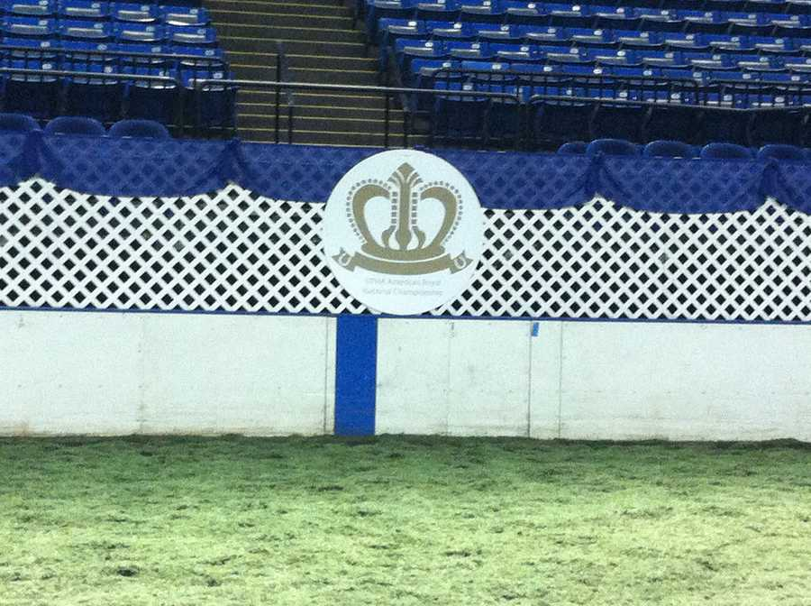 The National Championship Stake Night will be held on Saturday night. National champions will be crowned in 14 Classes.