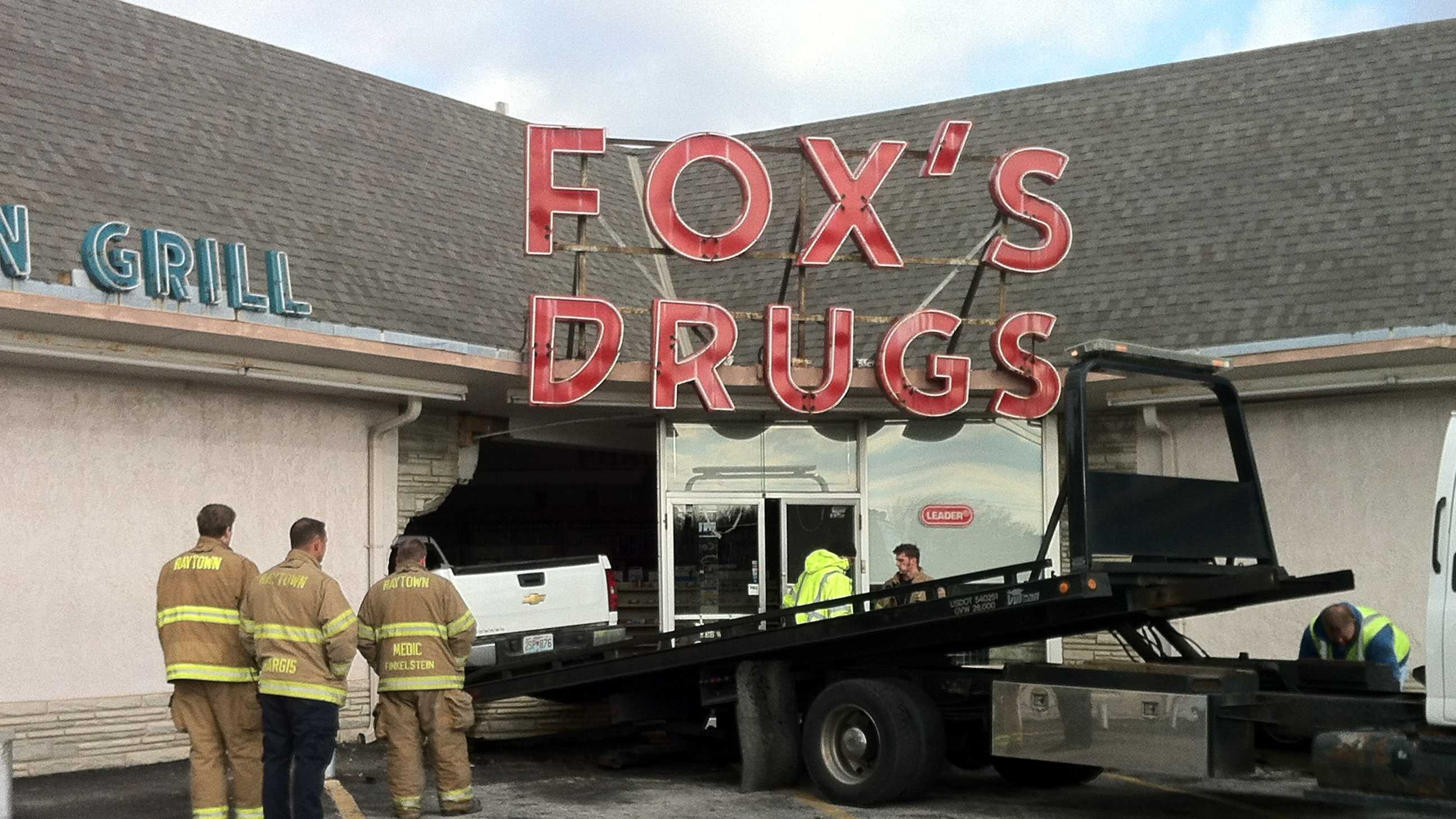 Pickup truck crashes into Raytown pharmacy