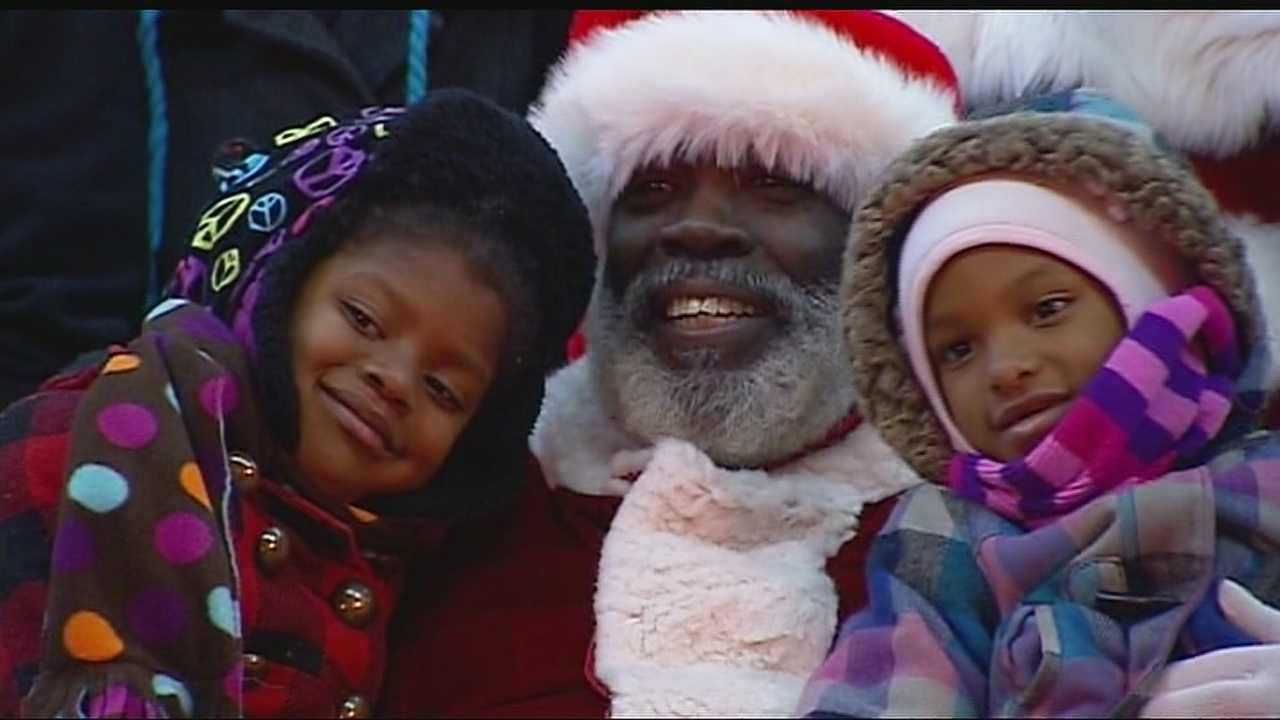 Santa's Wonderland helped to bring some early presents to some Kansas City children, and offered their parents help with finding work in the new year.