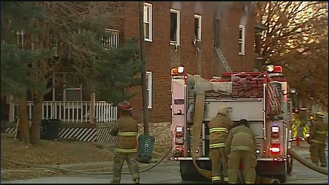 KCK Firefighters battle apartment fire in frigid conditions