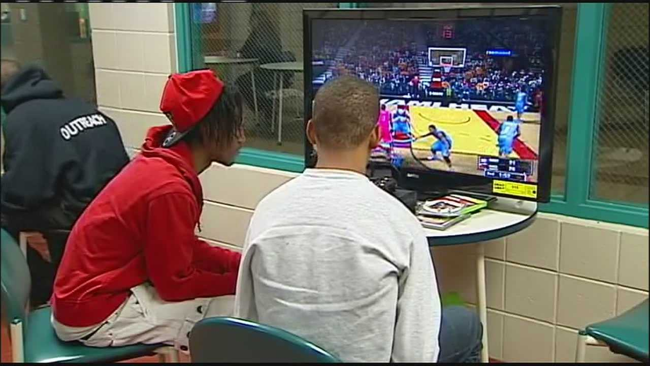 Organizers of an extended-hours event at the Brush Creek Community Center said Saturday's turnout was less than Friday, but both nights offered a positive alternative to hanging out on the Plaza for KC's young people.
