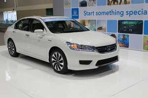 The newest Honda Accord Hybrid is boasting 50 miles per gallon.