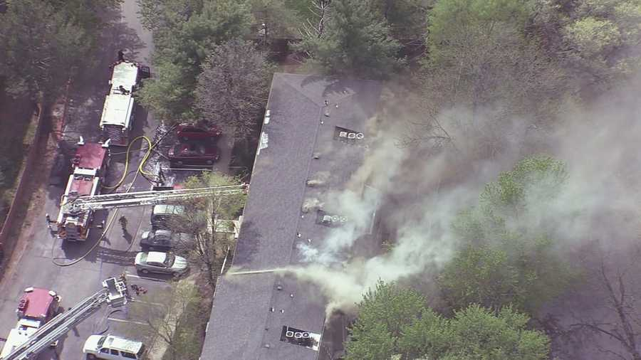 Apartment on fire off of I-435 at Antioch in Overland Park, Kan.